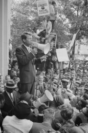 180px-Robert_Kennedy_speaking_before_a_crowd,_June_14,_1963